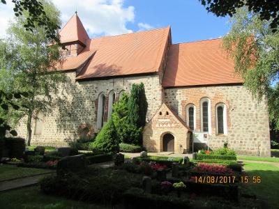 Dorfkirche von Alt Sanitz