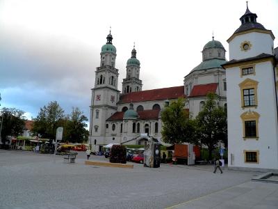 Kempten: St. Lorenz Basilika und Wochenmarkt