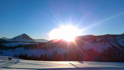 Sonnenuntergang an der Panoramaloipe Postalm