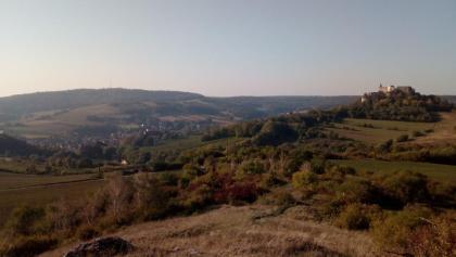 Am Höllenstein, Blick auf Falkenstein und Burgruine