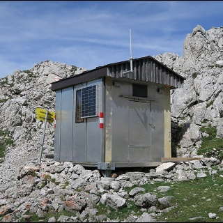 Biwak knapp unter dem Gipfel des Grimmings