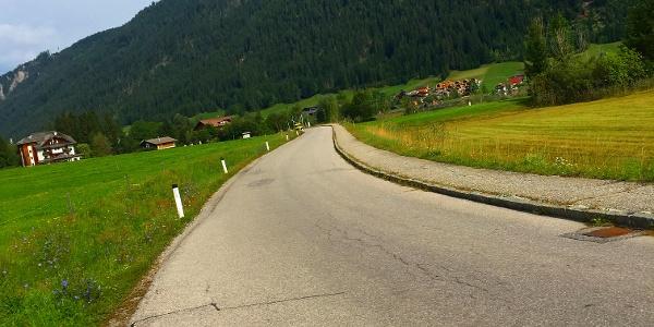 Strasse Richtung Bodenalm