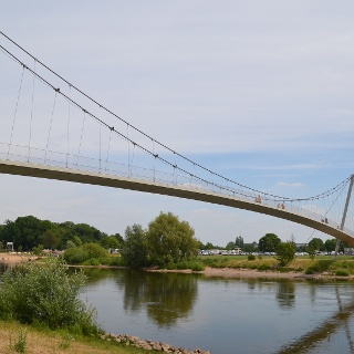 Kanzlers Weide mit Weser und Glacisbrücke
