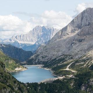 Lago di Fedaia dal Rifugio Viel dal Pan