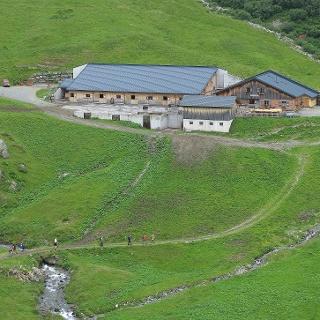 Käserei-Wanderung zur Alpe Nova.