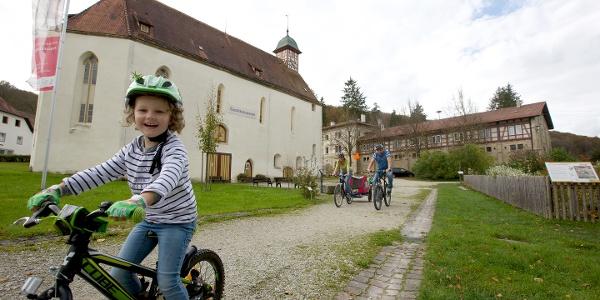 Klosterkirche mit Gestütsmuseum Gomadingen Offenhausen