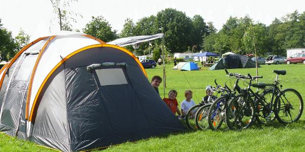 Camping mit Zelt