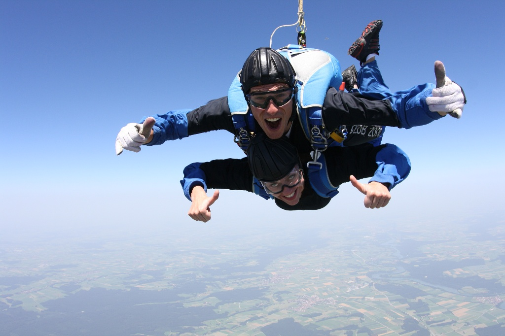 (Skydive)