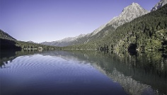 Hike: Antholz Mittertal - Antholzertal / Valle Anterselva Lake