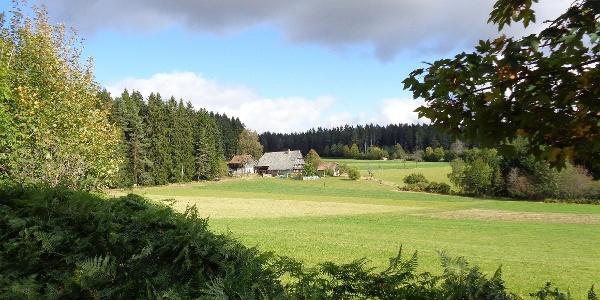 Auerhahnweg, Schnapsbrennerhof
