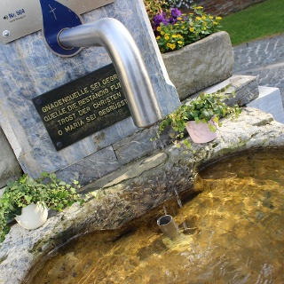Brunnen vor der Wallfahrtskirche
