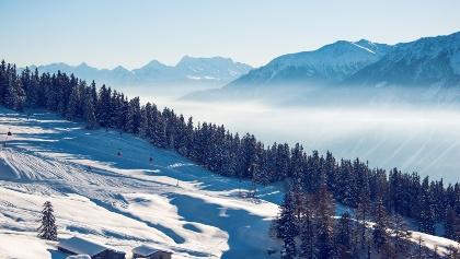 Vue depuis la randonnée hivernale Cry d'Er à Crans-Montana