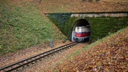 A Hárs-hegyi alagútnál