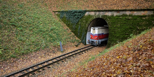 The tunnel at Hárs-hegy.