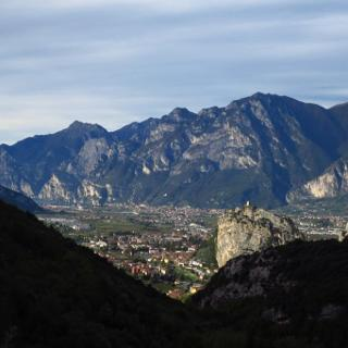 Auffahrt: Aussicht auf südliches Sarca-Tal
