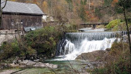 P am Wasserfall 460m