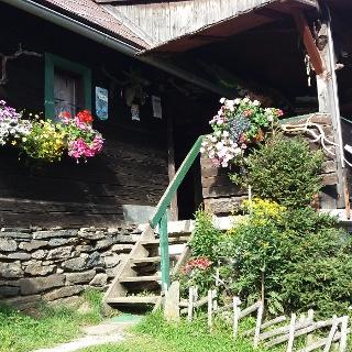 Eingang der Terenbachhütte