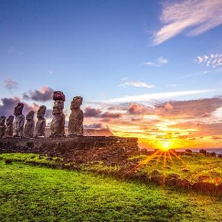 Sonnenaufgang Ahu Tongariki