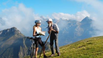 Bikerin auf dem Stoos