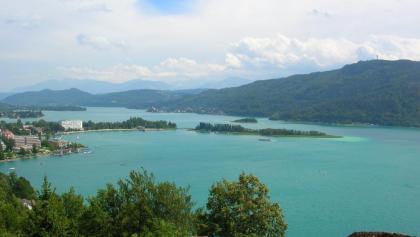 Ostteil des See mit Blick auf Pörtschach, von der Gloriette aus (Element Luft)