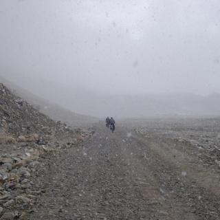 Radtour von Rongbuk zum Mount Everest Basecamp