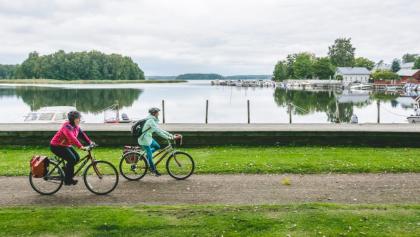 Cycling route follows the seashore