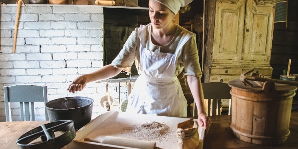 You can try to bake your own bread in Fiskars village