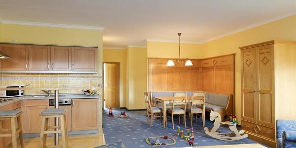 Apartment_Wohnbereich mit Spielzeug