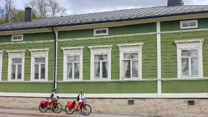 Porvoo Old Town is very attractive, worth spending a moment
