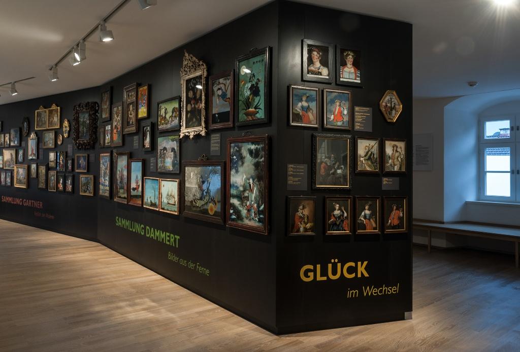 Hinterglaskunstraum im Schloßmuseum Murnau (Schloßmuseum Murnau, Bildarchiv)