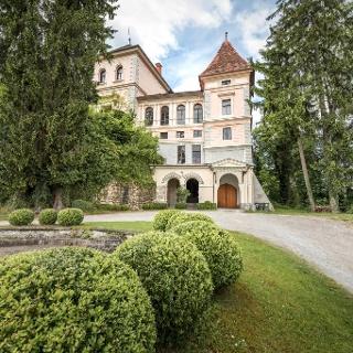 Schloss Greißenegg_Vorderseite