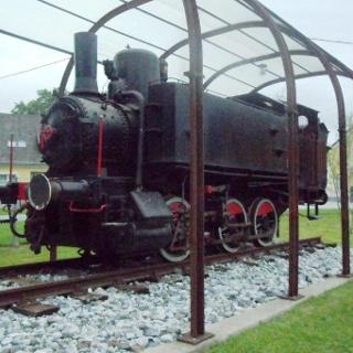 Dampflokomotive beim Bergbaugelände