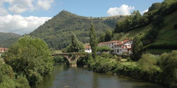 Le pont Noblia sur la Nive