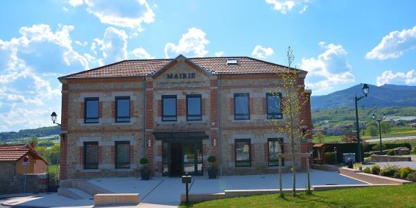La mairie de Bessey en avril 2015