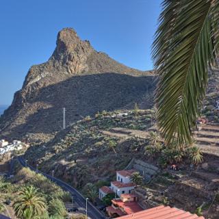 Taganana mit dem das Dorf prägenden Roque de las Animas