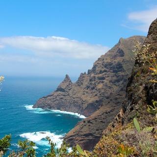 Im Anaga-Gebirge mit Blick auf den Atlantischen Ozean