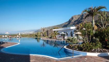 Pool mit Blick auf Teno-Gebirge