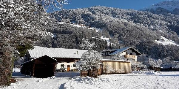 Hof im Feld - Winter