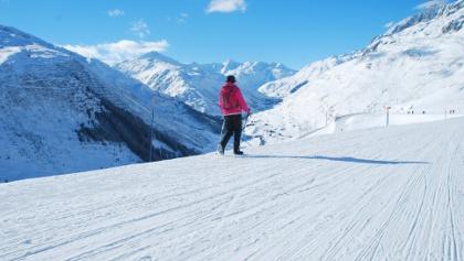 Wunderbar präparierte Winterwanderwege in Andermatt