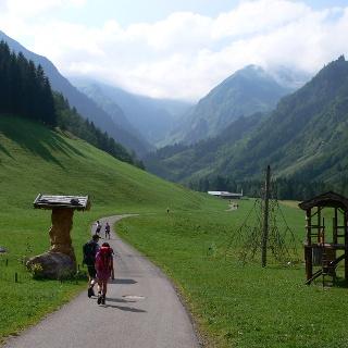Nach der Spielmannsau - zur Alpe Oberau