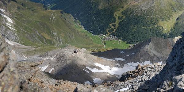 Die Zwickauer Hütte hoch über Pfelders