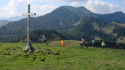 Start Frei zum Drachensteigen auf dem Gipfel