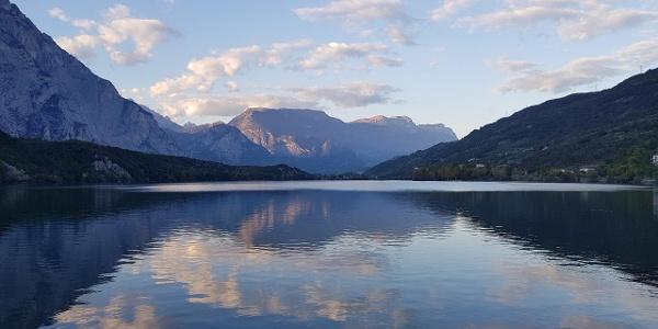 Lake Cavedine