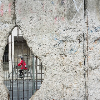Radfahren entlang der Berliner Mauer