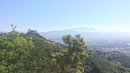 Der Ausblick zurück auf Trebiano Magra