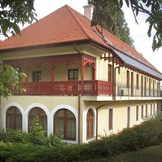 A Park Villa