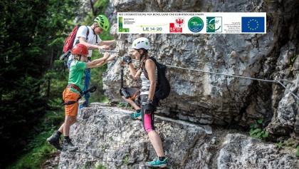 Klettersteig am Beginn mit Schwierigkeitsstufe A (leicht)