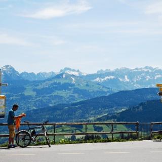 Auf dem Aussichtspunkt St. Anton.