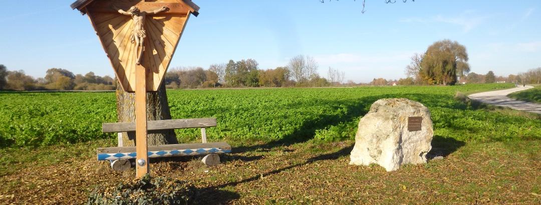 Stephanskreuz mit Flurbereinigungsdenkmal