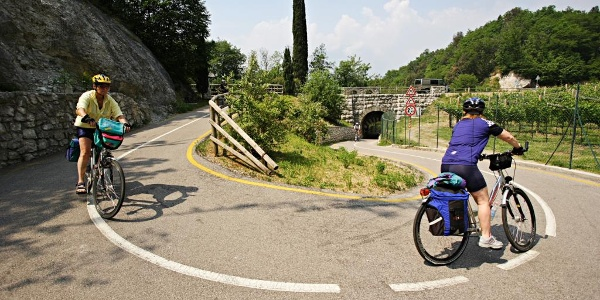 The cycle path near Passo San Giovanni